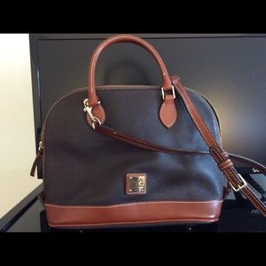 Dooney &Bourke pebble leather zip zip bag